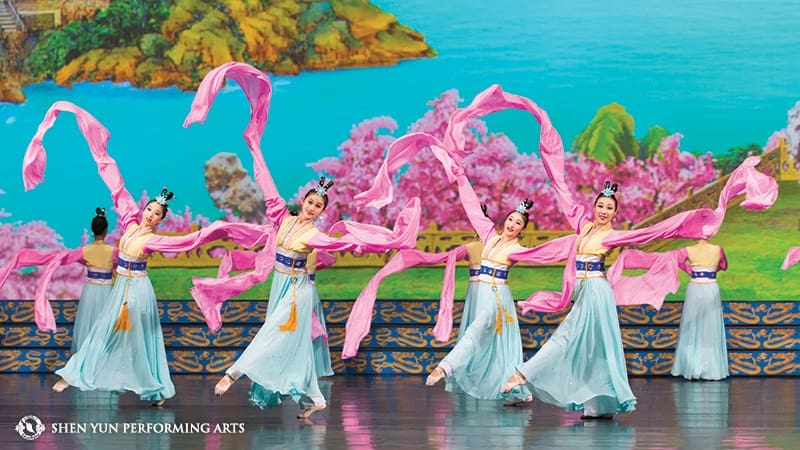 Shen Yun Returns to Sydney's Lyric Theatre